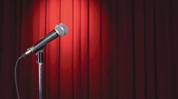 mikrofon på en scen